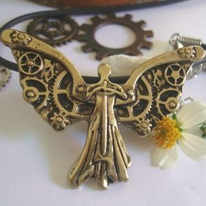 Steampunk Angel Necklace with Free  Small Gears